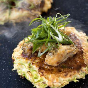 牡蠣と九条ネギのお好み焼き